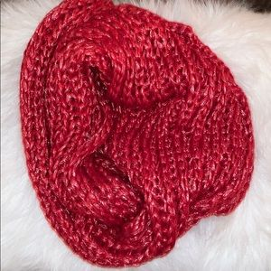 Metallic Red Knitted Infinity Scarf